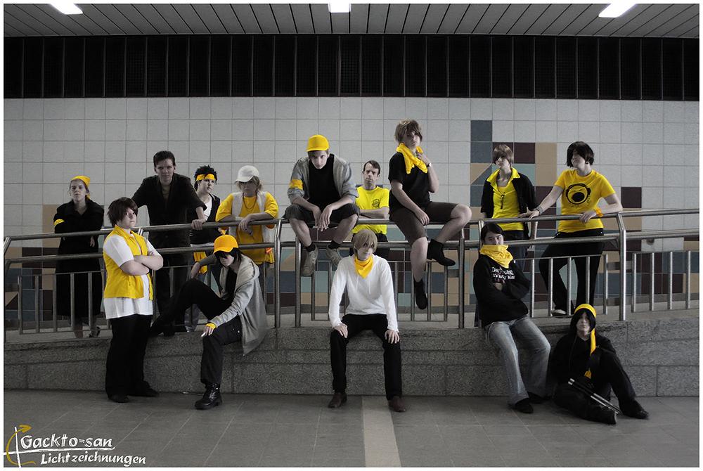 kida masaomi yellow scarves